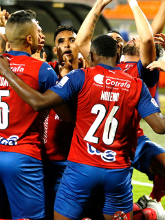 Medellín, bicampeón de la Copa Colombia; derrotó en penaltis al Tolima.