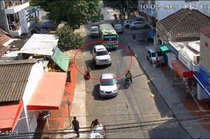 Imágenes de la persecución a ladrones que se robaron una camioneta Toyota Sahara en Cartagena