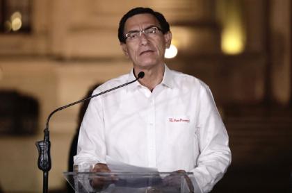 Martín Vizcarra, destituido expresidente de Perú que se vacunó antes de su salida de la presidencia.