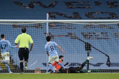 Dávinson Sánchez en el partido del Manchester City vs. Tottenham hoy.