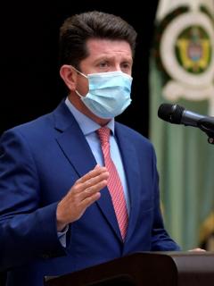 Ministro de Defensa, Diego Molano, quien prometió 33.000 policías nuevos para el 2023