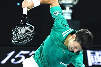 La rabia de Novak Djokovic: destrozó su raqueta en Abierto de Australia