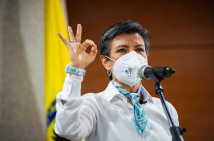 Claudia López anunció que Bogotá podría cubrir el faltante de vacunas del Amazonas para todo su personal de salud.