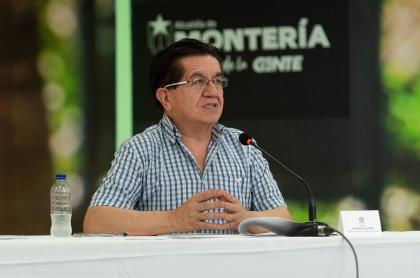 El ministro de Salud, Fernando Ruiz, explicó cuántas vacunas se recibieron exactamente.