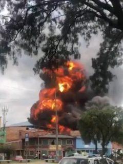 Bogotá hoy: registran incendio y explosión en una fábrica