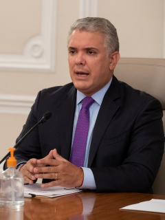 Presidente Iván Duque en su programa de TV ilustra nota sobre respaldo que Procuraduría le dio a demanda para que cambie un ministro