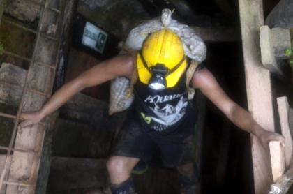 3 muertos en mina de oro de Antioquia por mal manejo de explosivos. Imagen de referencia de una mina de oro.