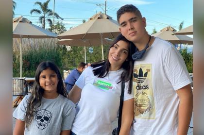 Foto de Danna Guarín, Andreina Fiallo y Daniel Guarín, a propósito de cumpleaños de la niña