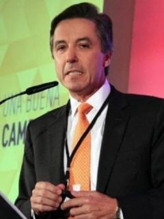 Roberto Prieto.
