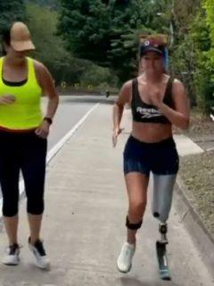 Daniella Álvarez publicó en Instagram un video trotando sola por primera vez luego de que le amputaran parte de su pierna izquierda en julio pasado.