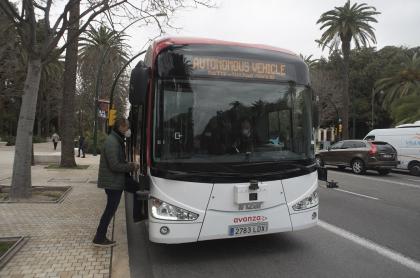 Este bus dotado de sensores y cámaras, ciento por ciento eléctrico, y que entró en servicio el sábado en Málaga (España).