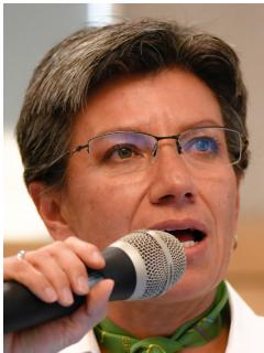 Claudia López, que se retractó de comentarios sobre Enrique Peñalosa, y el exalcalde de Bogotá