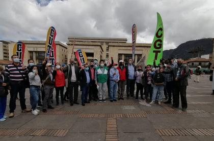 Bogotá hoy: marchas de sindicatos paralizan tráfico en el centro