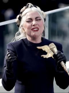 La cantante Lady Gaga recuperó a sus perros, que habían sido robados.