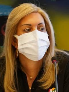 Clara Luz Roldán, gobernadora del Valle, que anunció que tiene COVID-19