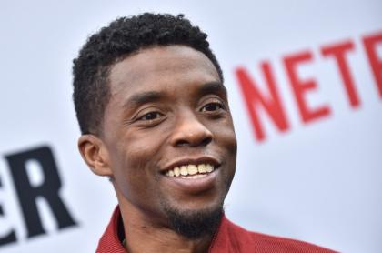 Chadwick Boseman se llevó el premio de mejor actor en los Globos de Oro 2021.