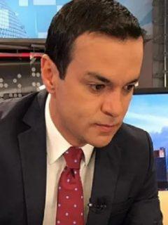 Juan Diego Alvira, quien confesó que una vez fue a Noticias Caracol sin bañarse