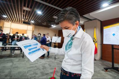 Claudia López ha perdido 19 % de favorabilidad desde octubre del 2020, según encuesta de Invamer.