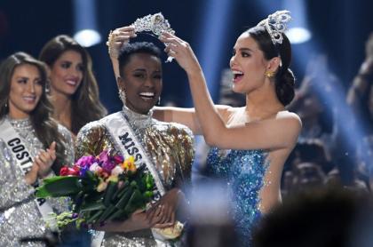 Zozobini Tunzi, actual Miss Universo que entregará la corona en el concurso el 16 de mayo.