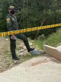 Accidente en Gambita, Santander en la que murieron tres jóvenes que iban en motocicleta y se cayeron en una quebrada