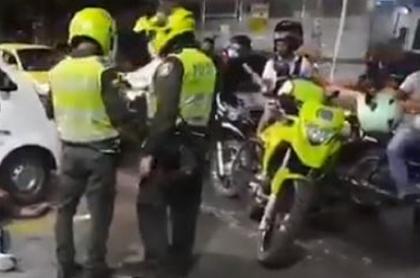 Imagen del sitio en donde un hombre mató a un presunto ladrón en Barranquilla, y luego de entregó a la Policía