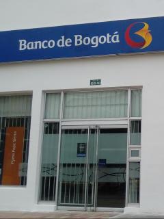 Imagen de Banco de Bogotá ilustra nota sobre robo que se presentó en una sede de la calle 80, en el occidente de la capital