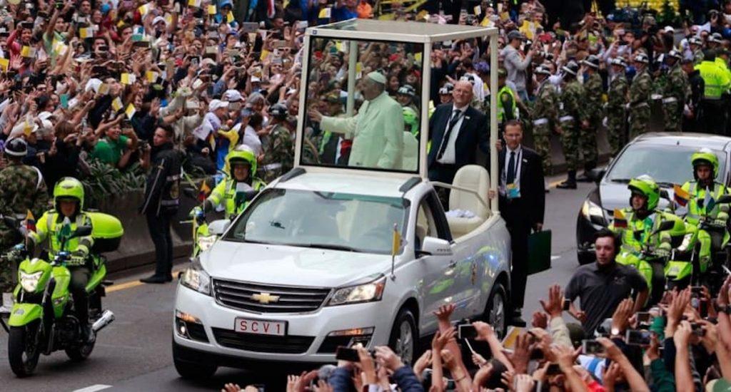 Getty / Papamóvil de la visita de Francisco a Colombia.