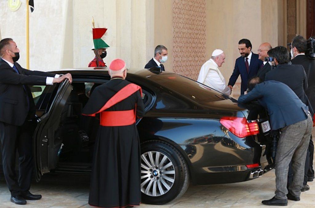 getty / El BMW Serie 7 Special blindado usado por el papa en Irak.