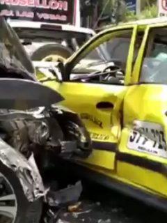 Accidente entre cinco carros que se originó en Envigado (Antioquia) por un conductor borracho
