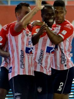 Críticas a Roberto Peñaloza, técnico del Barranquilla FC, filial del Atlético Junior