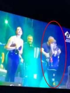 Captura de pantalla de video en el que Jean Carlos Centeno regaña a Ana del Castillo en concierto virtual por grosera