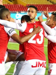 Independiente Santa Fe tendría que pagarle $186 millones a Fluminense por cambió de sede para partido por Copa Libertadores.