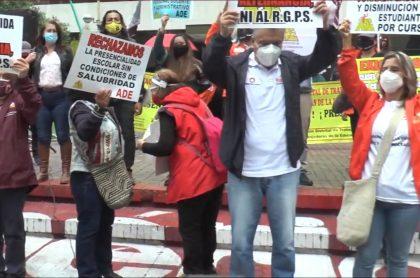 Protesta de ADE ilustra nota sobre nueva manifestación en Bogotá