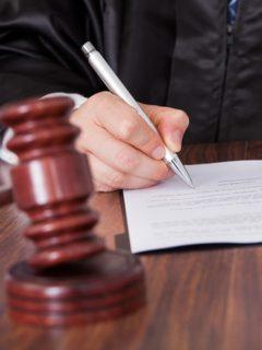 Juez dicta sentencia, ilustra nota de 212 años de cárcel para hombre que asesinó a hijos para cobrar seguros de vida