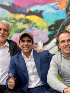 Enrique Peñalosa, Alejandro Char y Federico Gutiérrez en foto de abrazo de exalcaldes, con miras a elecciones presidenciales