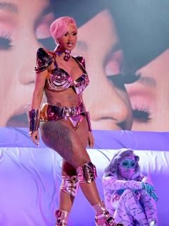 Cardi B en su presentación en los Premios Grammy 2021, en Los Ángeles, California. El 'show' de la rapera, entre las curiosidades de la ceremonia.