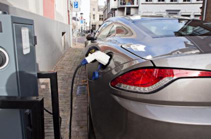 Carros eléctricos.