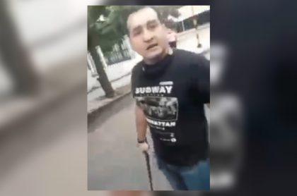 Imagen de la pelea de conductor y ciclista en pleno Palacio de Justicia de Cúcuta