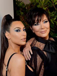 Foto de Kim Kardashian y Kris Jenner, a propósito de divorcio de Kanye West