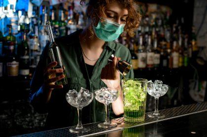 Imagen que ilustra la idea de poner un plan piloto para bares en Bogotá.