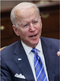 Foto de Joe Biden y Kamala Harris, a propósito de que él la llamó presidente.
