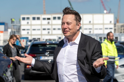 Foto de Elon Musk ilustra nota sobre modalidad de robos de bitcóins