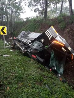Accidente de bus que se volcó entre Cesar y Norte de Santander; hay 24 heridos