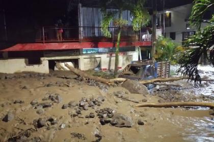 Emergencia en Dabeiba, Antioquia: quebrada se desbordó y afectó 185 viviendas