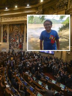Foto de congreso de Colombia y Francisco Vera, a propósito de Día del Agua
