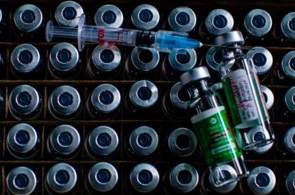 Vacunas contra el coronavirus, ilustran nota de Francia investiga muerte de joven luego de recibir vacuna de AstraZeneca