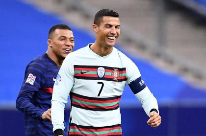 Imagen de Cristiano Ronaldo que ilustra nota; Cristiano Ronaldo, Mbappé y Zlatan; Europa inicia camino a Mundial Catar 2022