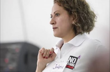Jineth Bedoya, víctima de violencia sexual, dijo que perdón del Estado es una bofetada más para ella