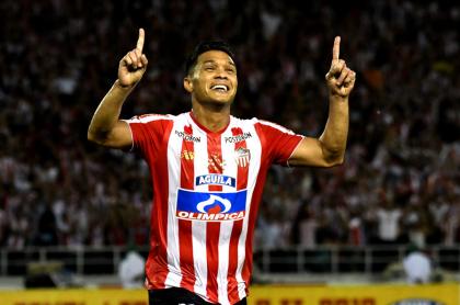 Foto de Teófilo Gutiérrez ilustra nota sobre la renovación del jugador
