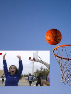 Tablero y balón de baloncesto, ilustra nota de video de periodista celebra cesta que nunca entró y queda en ridículo en vivo